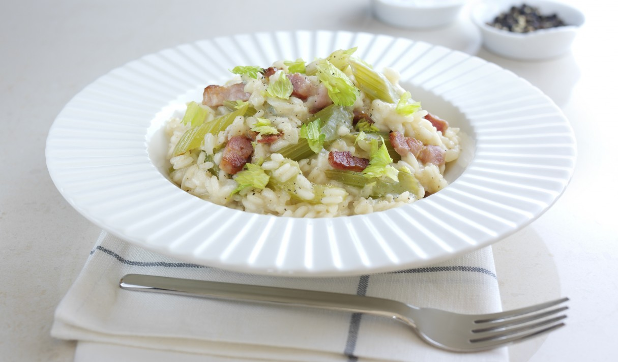Fenland celery, blue cheese and crispy bacon risotto