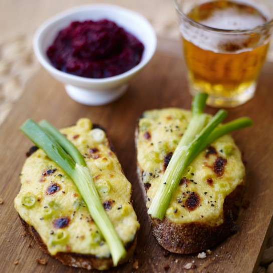 Spring onion rarebit