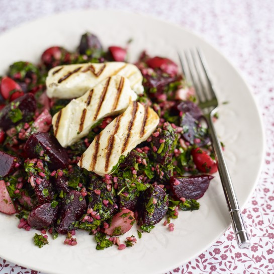 Beetroot tabbouleh and halloumi